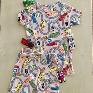 Boys Hot Wheels Pajama Set GAP Shorts & Top  Sz. 5